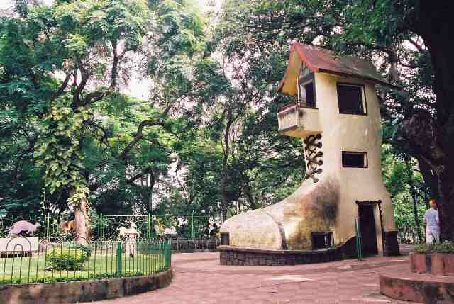 mumbai-attractions-kamala-nehru-park-1